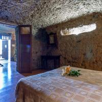 Two-Bedroom Cave (4 adults)