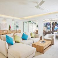 Three-Bedroom Beachfront Villa with Sea View
