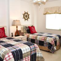 DeluxeThree-Bedroom Apartment