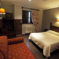 Triple Room (1 Double Bed + 1 Single Bed)