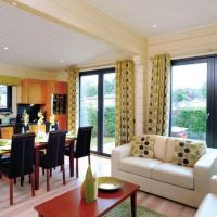 Roydon Lodge VIP