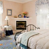 Maud S Room