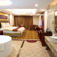 Deluxe Suite for Honeymoon