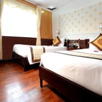 Superior Triple Room - 3 Days 2 Nights (1 on boat and 1 on bungalow)