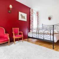 Hotel Pictures: Versailles Experience Idyllic, Versailles