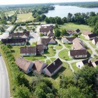 Hotel Pictures: Village Vacances Nature, Beauché