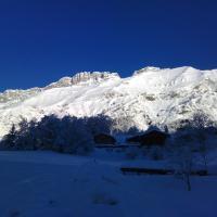 Hotel Pictures: Le Foueustarle, La Giettaz