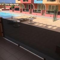 Apartment with Terrace and Pool View 7E3