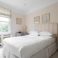 Four-Bedroom Apartment - Silverton Road