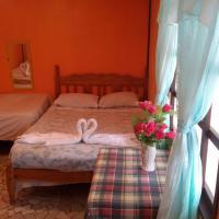 Hotel Pictures: Cabinas Sunset, Tortuguero