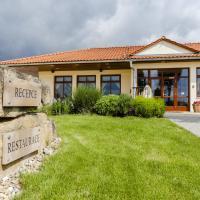 Hotel Pictures: Golf Hotel Austerlitz, Slavkov u Brna