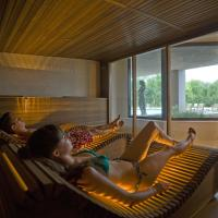 Deluxe Double Room with Spa Package