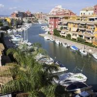 Hotel Pictures: Port Saplaya Apartment, Valencia