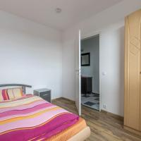 Hotel Pictures: 5815 Apartment Leine Center, Laatzen