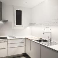 Four-Bedroom Apartment - Calle Casanova, 212