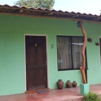Hotel Pictures: Cabinas Lolito, Paquera