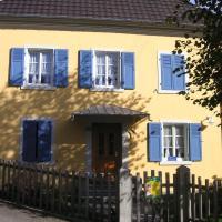 Hotel Pictures: Les Volets Bleus Alsace Vosges, Urbès