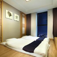 Deluxe Korean Style(Ondol) Room