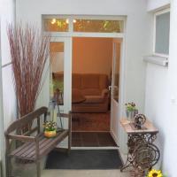 Hotel Pictures: Ferienwohnung am Barbarossasee, Göppingen