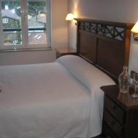 Hotel Pictures: Pension Residencia Ria De Muros, Muros