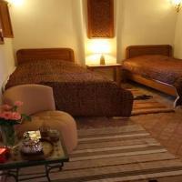 Khamsa Twin Room