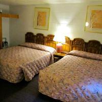 2 Queen Beds - Non-Smoking
