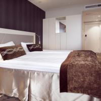 Deluxe Twin Room with Evening Meal