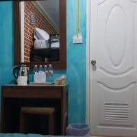 Family Bunk Bed Room with Bathroom ( No Window )