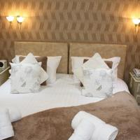 King size Bed or Twin room with Whirlpool