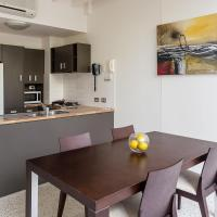 Superior One-Bedroom Apartment with Courtyard