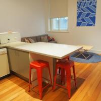 Deluxe Studio Apartment - Fairfax
