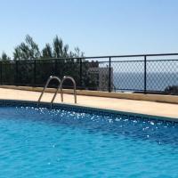 Atlantic Ocean & Pool Apartment
