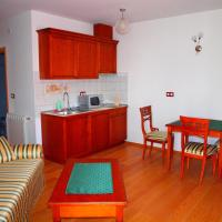 Two-Bedroom Apartment (3-5 Adults)