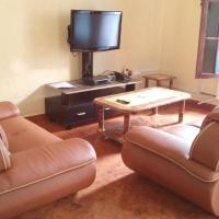 Hotel Pictures: Hotel Kasindi Lubiriha En Abrege Hkl, Kasindi