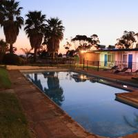 Hotel Pictures: Absolute Lakes Entrance Motel, Lakes Entrance