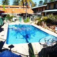 Hotel Pictures: Cottesloe Beach Chalets, Perth