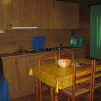 Bungalow (5-6 Adults)