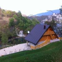 Hotel Pictures: Eko-Ribarski Kamp Jezero Bocac, Poljanci