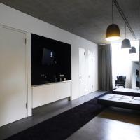 Hotel Pictures: Hunters Lounge, Metzingen