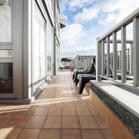 Hotel Pictures: Someso Apartamentos Turisticos, A Coruña