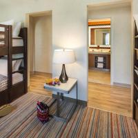 One-Bedroom King Suite with Two Twin Bunk Beds