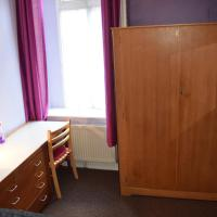 Double Room with Shared Facilities D5