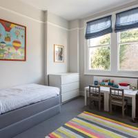 Five-Bedroom Apartment - Altenburg Gardens IV