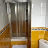 High Comfort Room with Shower - 1 or 2 People