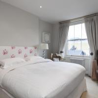 Two-Bedroom Apartment - Kensington Gardens Square III