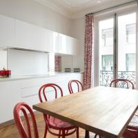 Four-Bedroom Apartment - Rue de l'Université VI