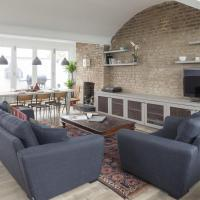 Two-Bedroom Apartment -  St Stephen's Crescent