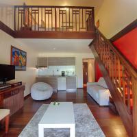 Duplex Apartment with Garden View