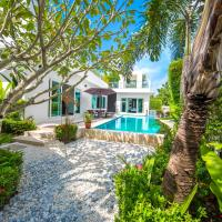 Three-Bedroom Deluxe Villa with Private Pool and Hot Tub