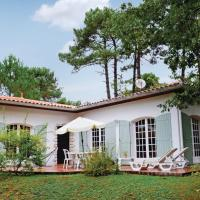Hotel Pictures: Holiday Home Allee Des Chenes, Saint-Augustin